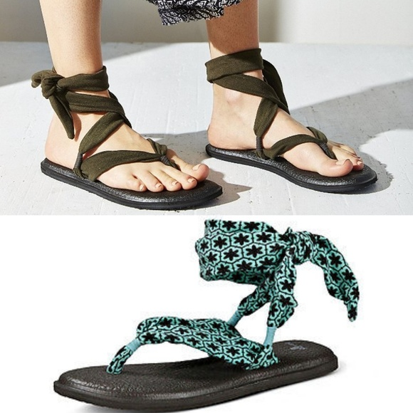d18c03d4fc02 New SANUK Yoga Slinged Up Sandal. M 5b21fe811b3294bcef8d4ea4